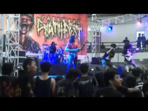 Radang Kelamin   Katakan Tidak Pada Toket Tepos Live @ Karawang Deathfest 30 09 2012 Low