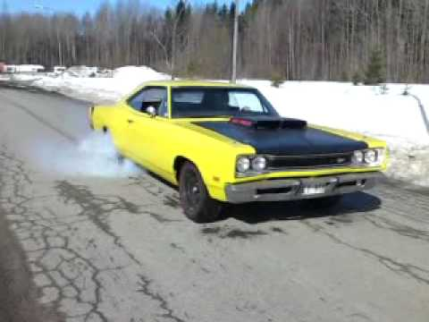 first burnout 2010 with my 69 dodge super bee 440 in. Black Bedroom Furniture Sets. Home Design Ideas