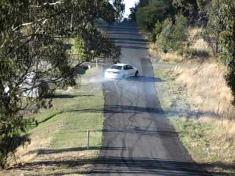 vt commodore burnout