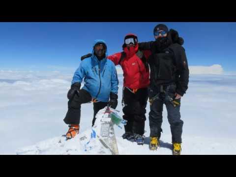 Ascensión y descenso con esquís del Monte Elbrús