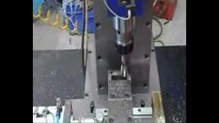 Otomatik Kılavuz çekme Makinesi - U klemens üretimi