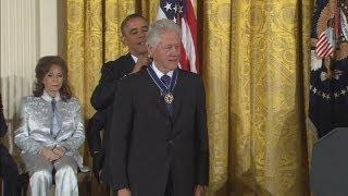 VIDEO: Obama awards US Medal of Freedom to Bill Clinton and Oprah Winfrey at JFK memorial event