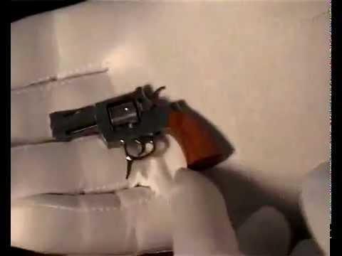 Найменший у світі револьвер - SwissMiniGun