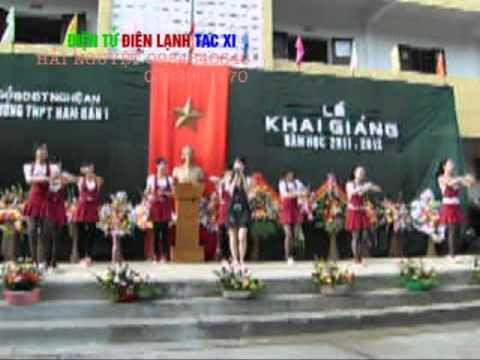 Hình ảnh trong video TRUONG THPT NAM DAN 1 THAY TRUNG SEC.mpg