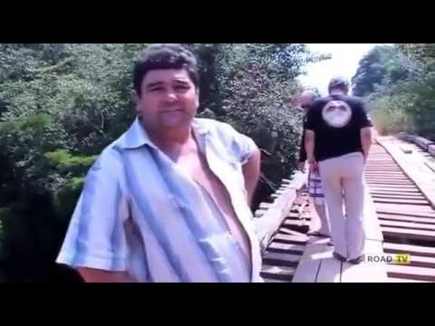 Фура и деревянный мост