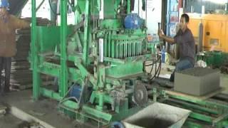 Semi-Automatic Concrete Block Machine-2