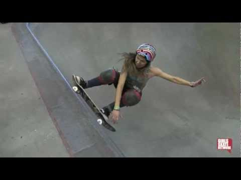 Jean Rusen - Vans Girls Combi Pool Classic 2013
