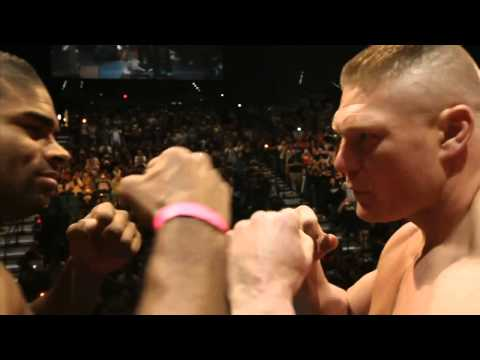 UFC 141 WEIGH-IN BROCK LESNAR WELCOMES ALISTAIR OVEREEM TO THE UFC IN A BIG WAY