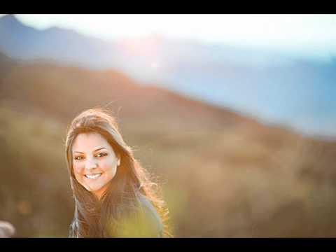Antes Você Precisa Crer - Playback  - Laura Morena