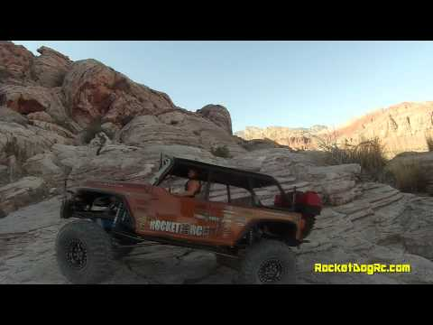 Axail SCX10 Ultimate Wrangler Rubicon JK and Wrangler G6 trailing #24