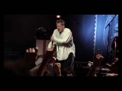 Sex Pistols - Anarchy in the UK [Live From Brixton Academy 2007] 16