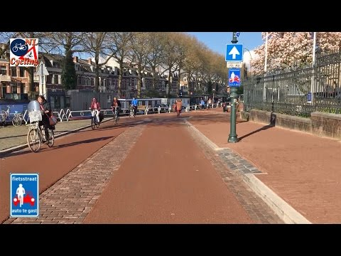 A ride from Leidscherijn to central station, Utrecht NL (sped-up)