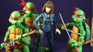 NECA Teenage Mutant Ninja Turtles SDCC Exclusive April O