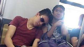 Dormidos en el Metro