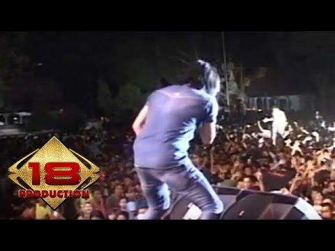 Setia Band - Puspa   (Live Konser Bojonegoro 28 September 2013)