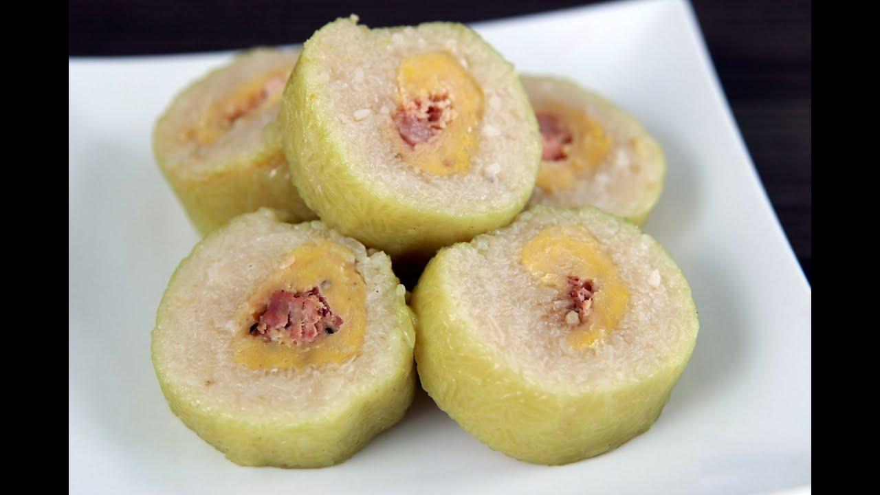 Bánh Tét - Vietnamese Cylindrical Sticky Rice Cake - YouTube