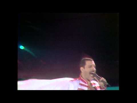 Queen - We Will Rock You - Live at Wembley Staduim 1986