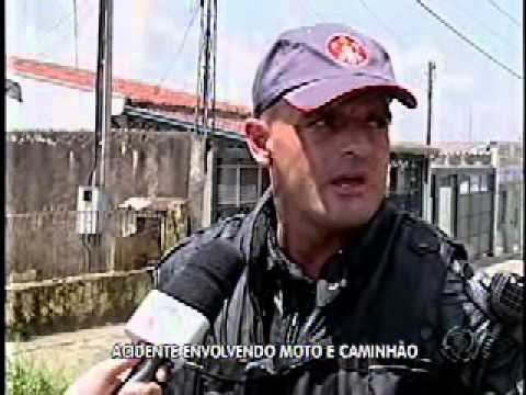 Marília: acidente envolvendo moto e caminhão