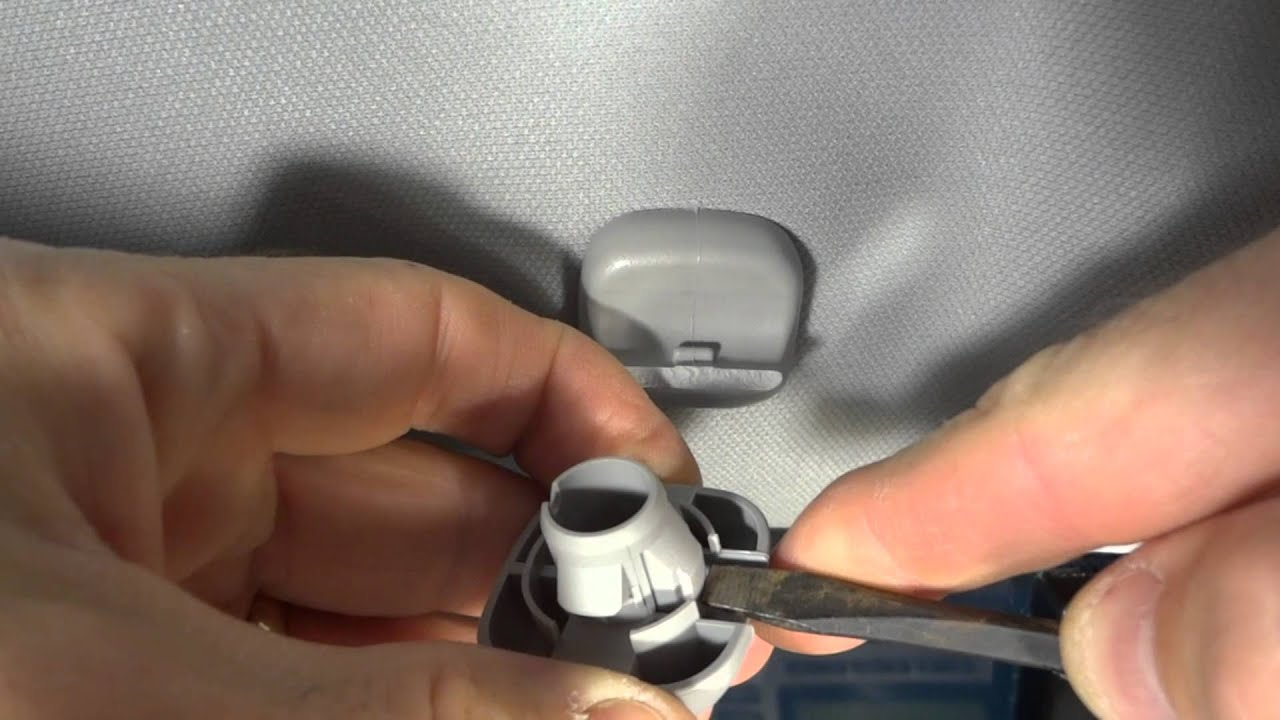 How To Replace Broken Honda Sun Visor Clip Youtube