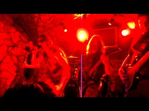 GUILLES DE RAIS Live Pub Manowar 2011 (By Madhouse Webzine)