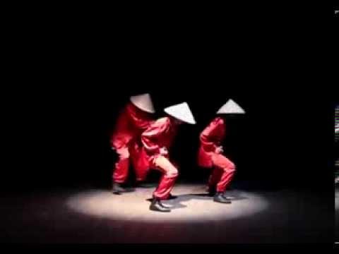 Điệu nhảy nón là gây chấn động cư dân mạng châu á