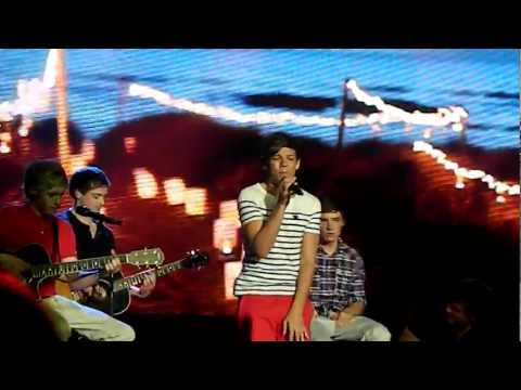 Louis Tomlinson -Valerie (13/04/2012 - Sydney)