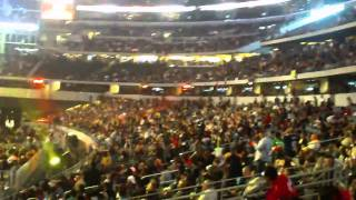 Pacquiao Margarito wave Cowboys Stadium