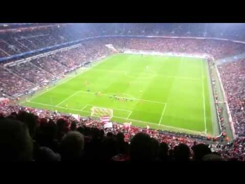 Bayern Munich vs Manchester United 3-1 Allianz ِArena Fans (09/04/2014) AMAZING ATMOSPHERE !!