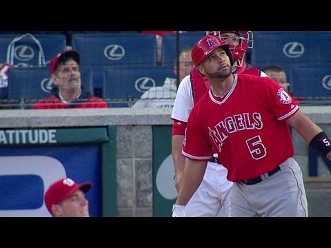 Pujols belts three-run shot for No. 499