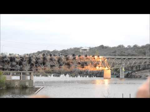 Demolácia mostu
