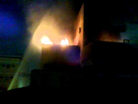video by Aslam Bughio from Jeddah Kilo 3 fire in Bangali living room