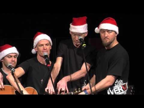 O Holy Night: 5 Guys, 1 Guitar