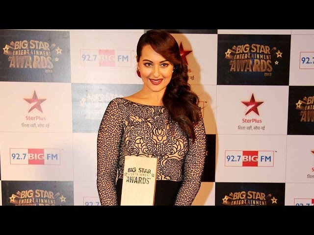 Video | 4th Big Star Entertainment Awards | Sonakshi Sinha