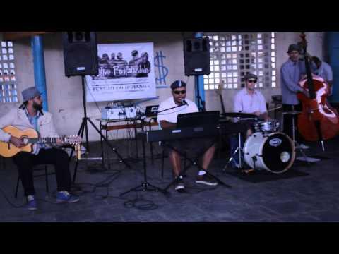 Perifatividade nas Favelas - Rinha de Galo