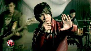 Five Minutes Bertahan [Official Music Video]