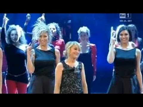 Sanremo 2013 - Il monologo di  Luciana Littizzetto sull'amore e il suo flash mob