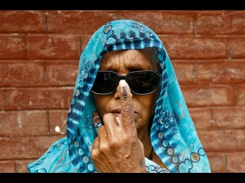 Indians Vote in First Phase of Mammoth General Election