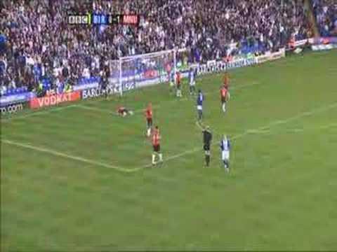Fenomenalna interwencja Tomasza Kuszczaka w meczu z Birmingham