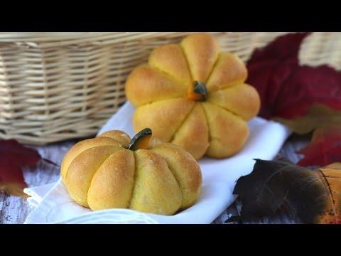 Bánh mì bí đỏ (Pumpkin buns)