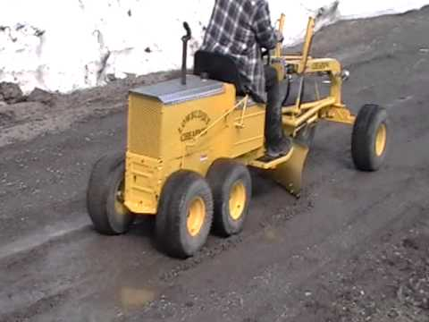 Uncle Billys Home Made Grader Youtube
