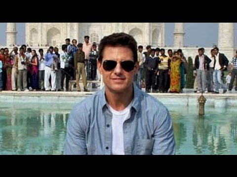 Tom Cruise visits Taj Mahal in Agra