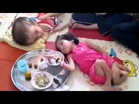 Trường Nam Mỹ/VAPS Thăm trẻ em khuyết tật 2011 tập 02