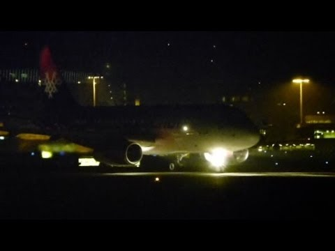 Air Serbia A319 night take-off @ Zurich Airport - 01/11/2013