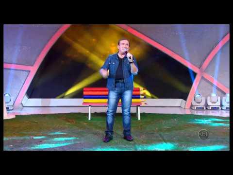 Amado Batista canta