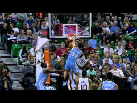 Evan Fournier Dunks on Marvin Williams!
