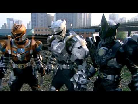 Monsters attacks Eagle Man - Armor Hero Official English Clip  [HD 公式] - 53