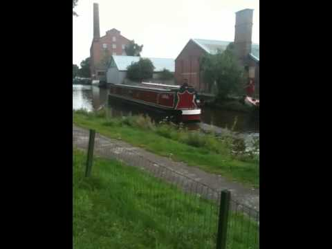 Lazy afternoon by Macclesfield Canal