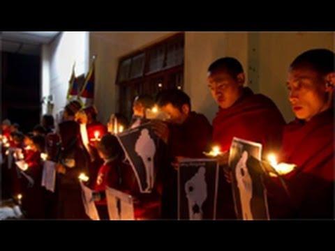 Công an Trung Quốc bắn vào người biểu tình Tây Tạng