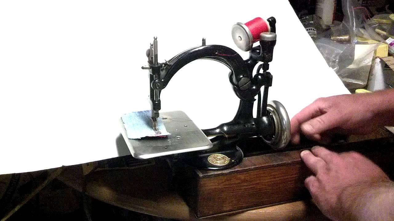 Antique Willcox Amp Gibbs Chain Stitch Treadle Sewing