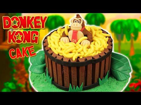 DONKEY KONG CAKE - NERDY NUMMIES